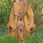 Közepes szarvasbőr hátizsák