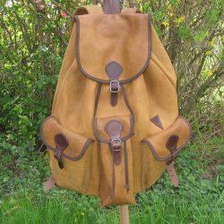Szarvasbőr hátizsák
